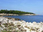 CIMG7065 Cap-d'Antibes-rocky-coast