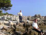 CIMG7066 Cap-d'Antibes-Jo Kees-on-rocky-beach